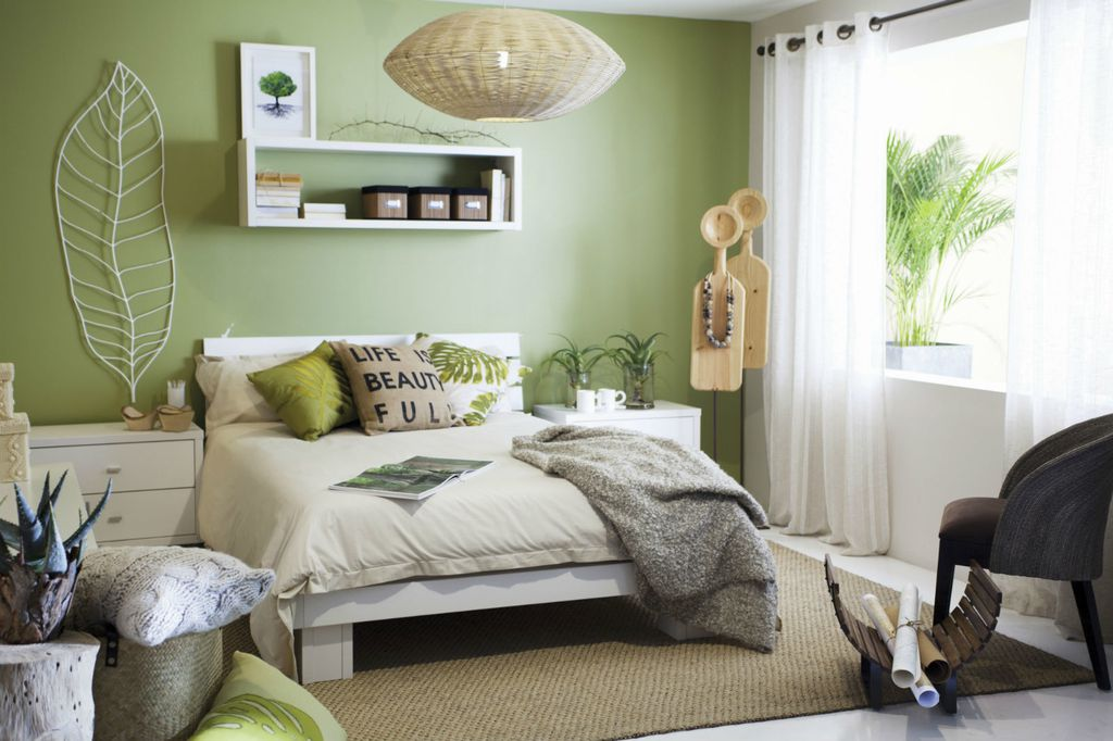 Ideje za uređenje spavaće sobe u žutoj i zelenoj boji - 4