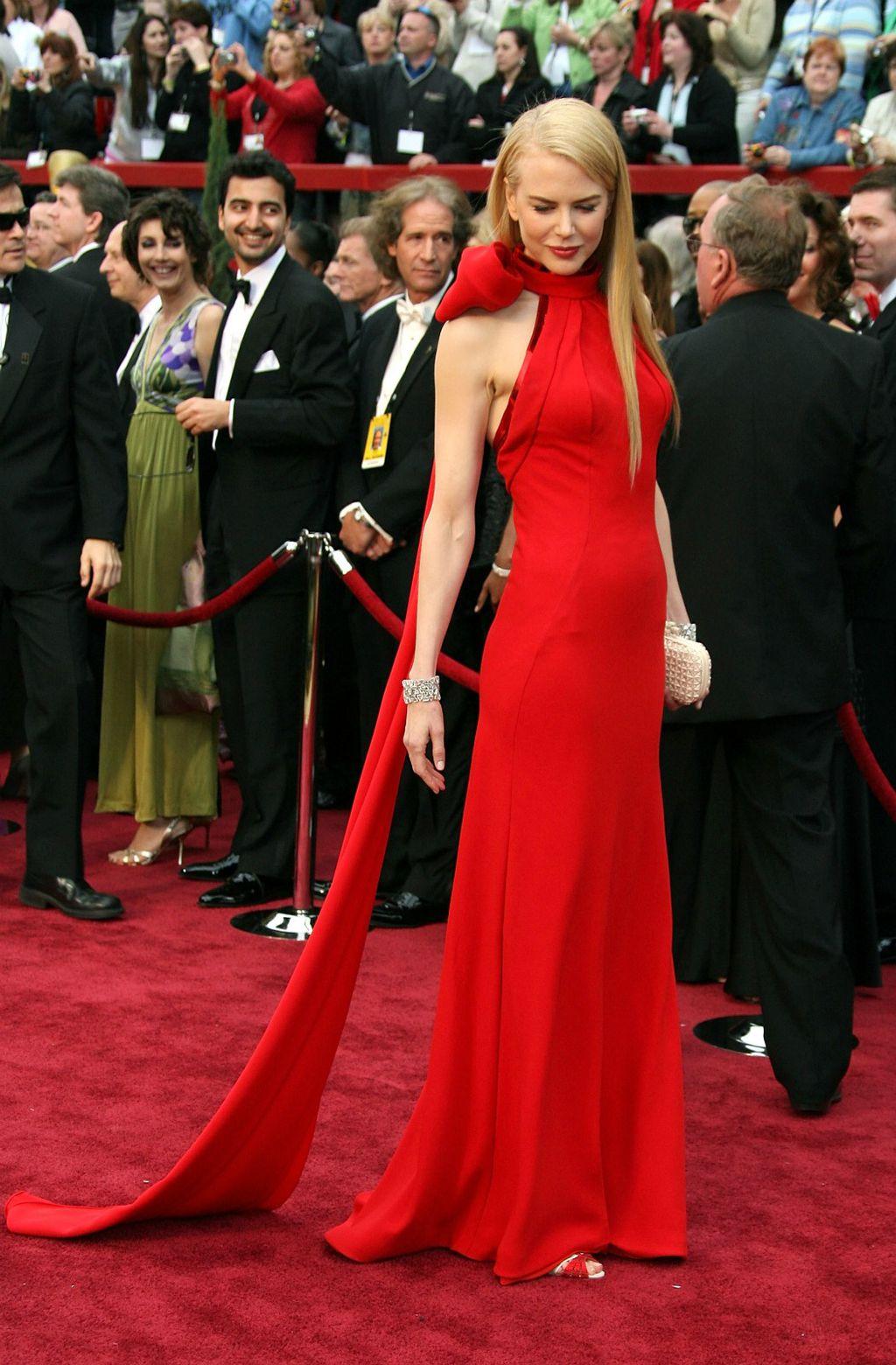 Nicole Kidman na dodjeli nagrada Oscar 2007. u haljini modne kuće Balenciaga