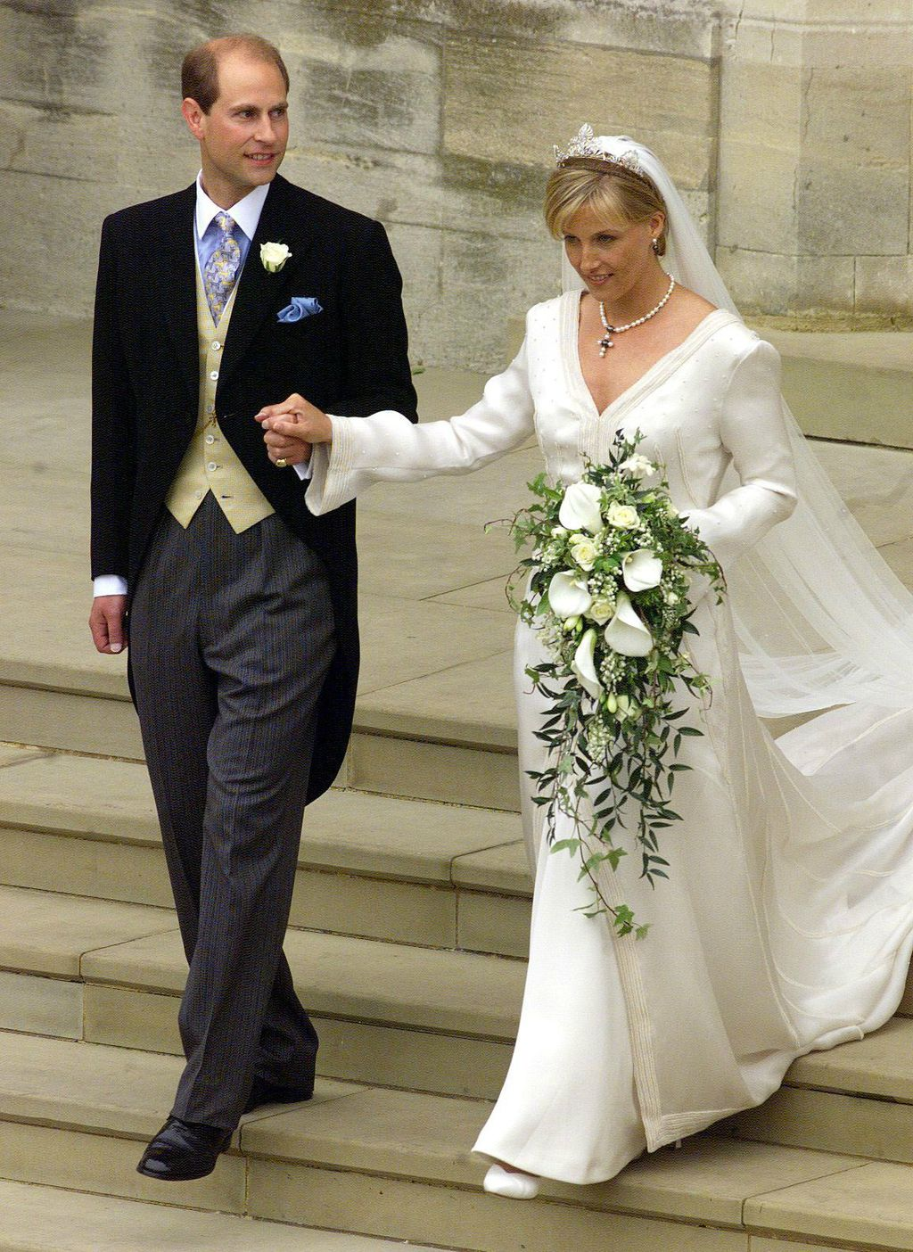 Sophie Rhys-Jones u vjenčanici Samanthe Shaw
