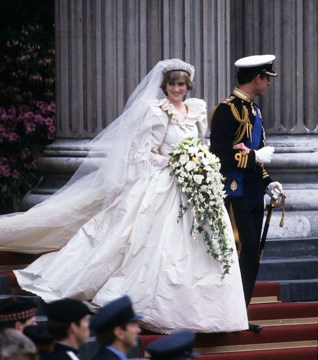 Princeza Diana u vjenčanici Davida i Elizabeth Emanuel