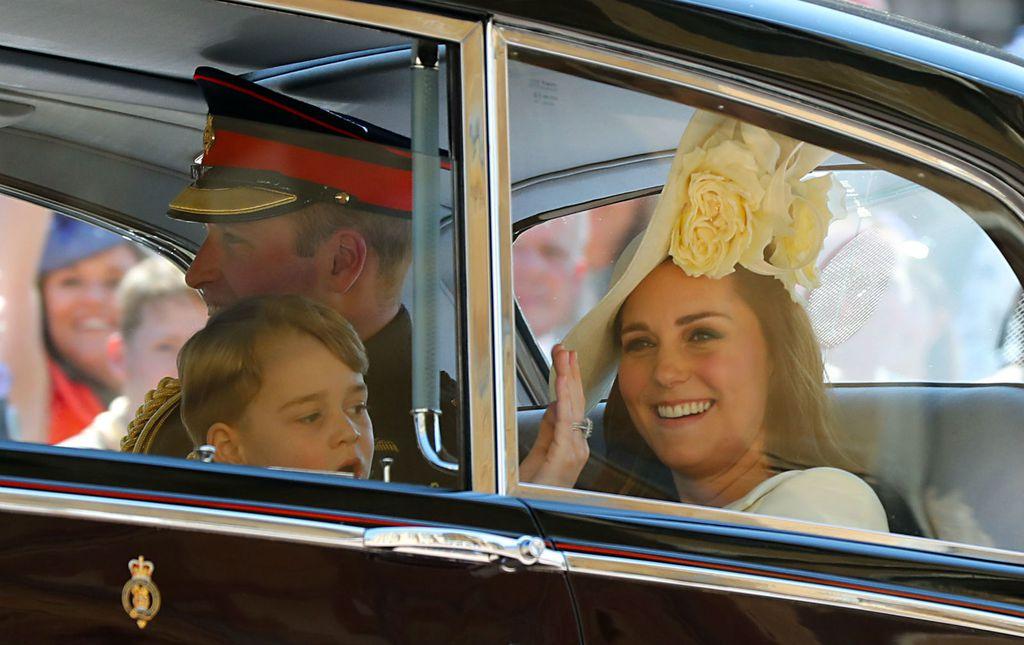 Catherine Middleton s princezom Charlotte i princom Georgeom na vjenčanju Meghan Markle i princa Harryja - 2