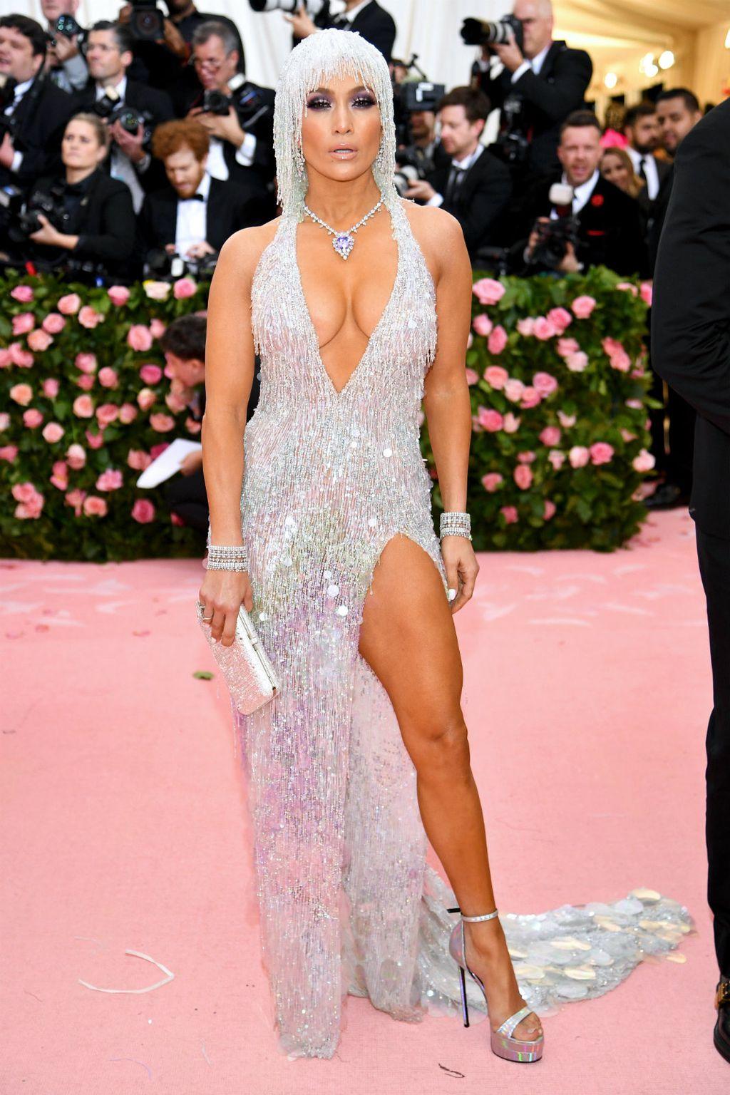 Jennifer u haljini modne kuće Versace
