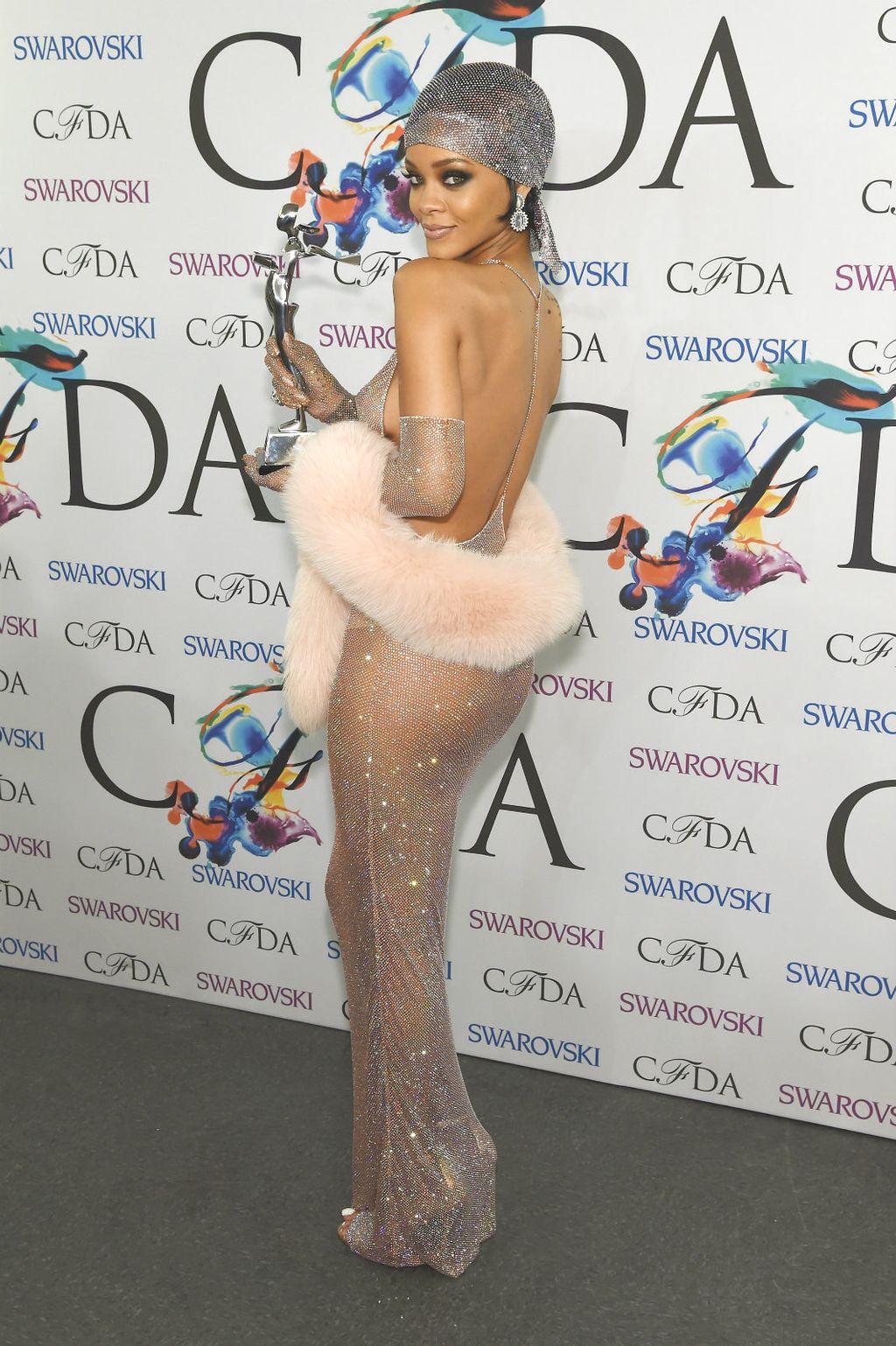 Rihanna na dodjeli nagrada CFDA 2014. godine