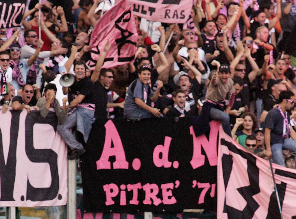Navijači Palerma (Foto: AFP)