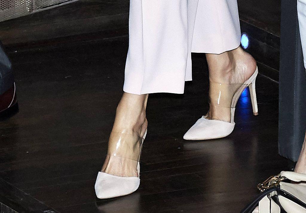 Španjolska kraljica u natikačama Stevea Maddena s PVC trakom