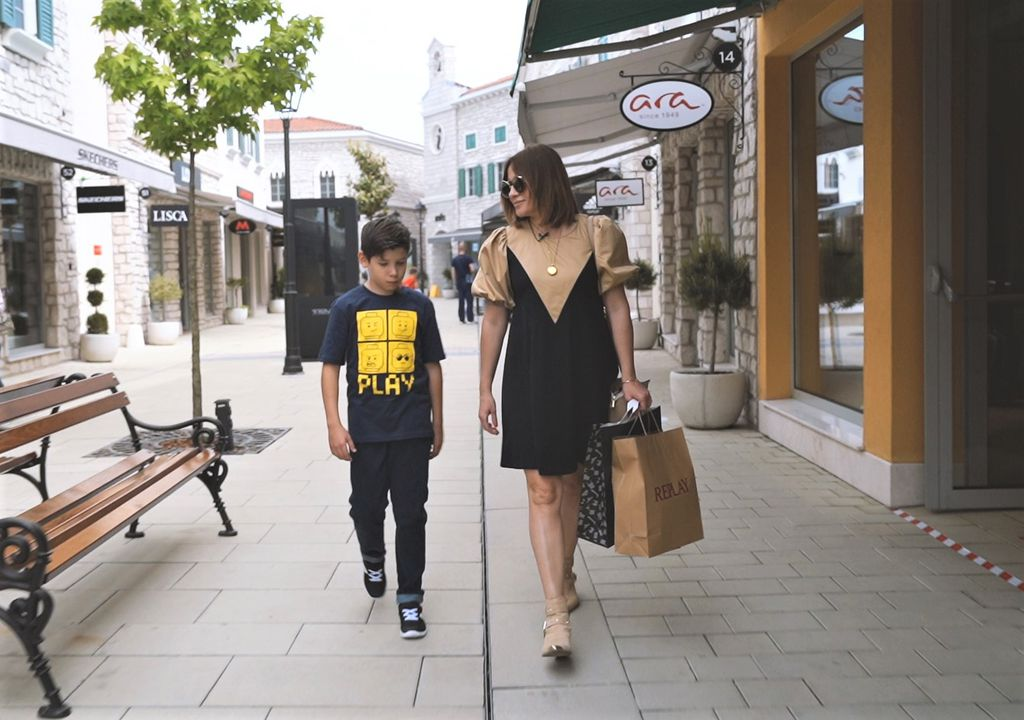 Opušteno su se prošetali malim ulicama koje vrve od modnih inspiracija