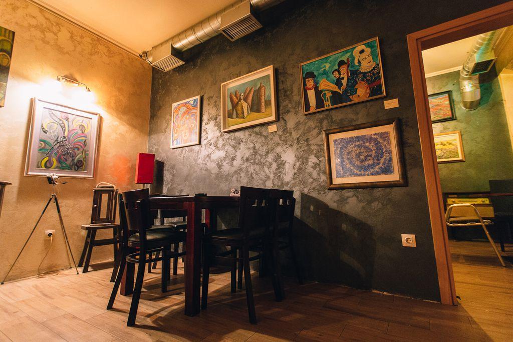 Victory Art Caffe - 1