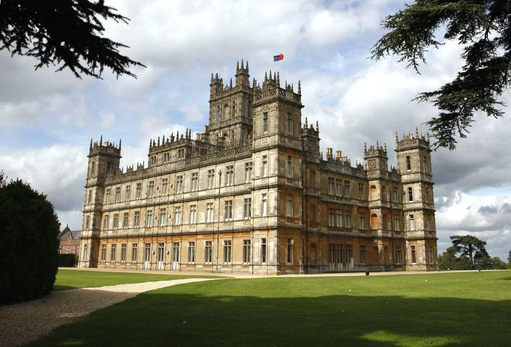 Dvorac Highclare u kojem se snimala serija Downton Abbey