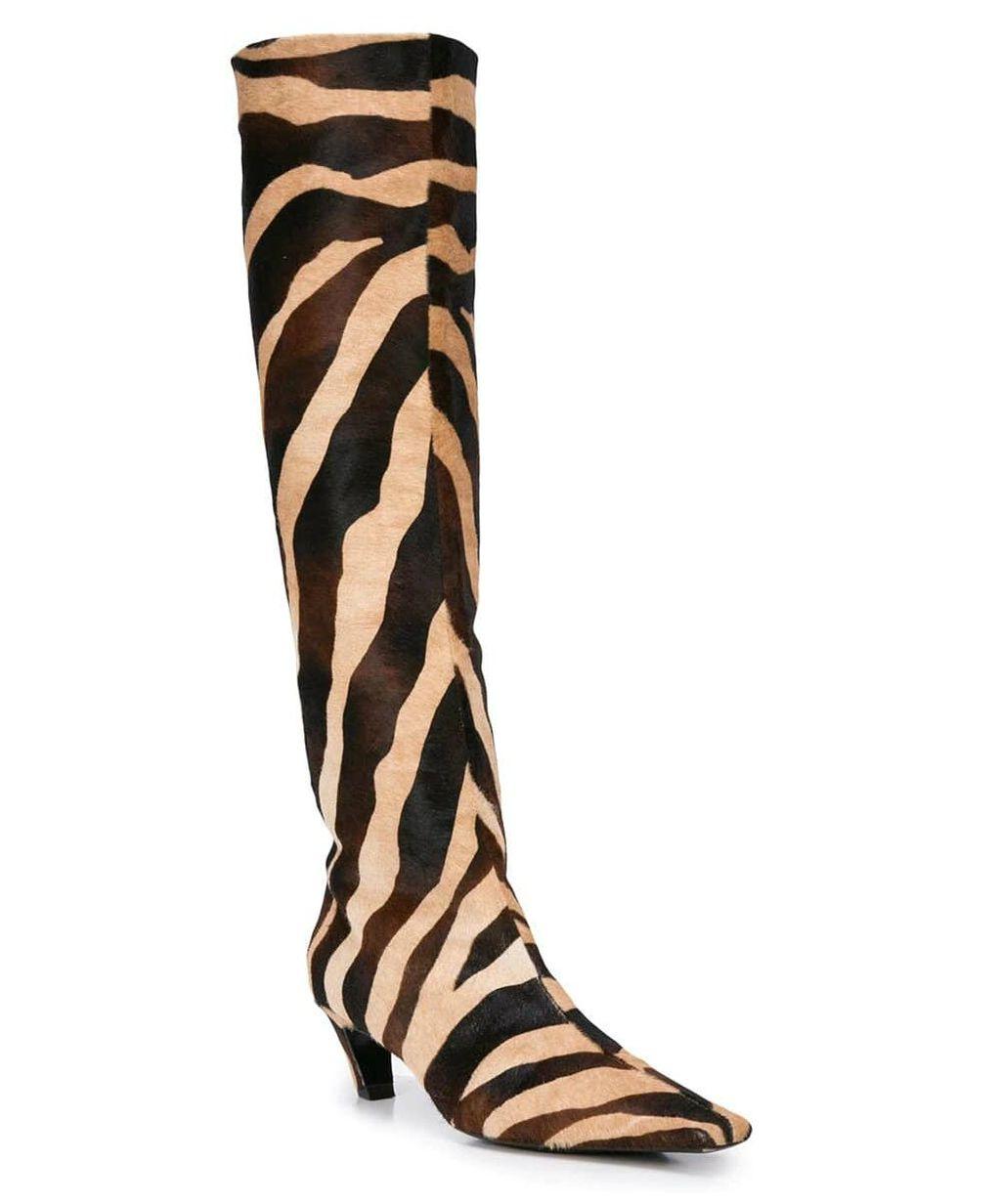 Čizme brenda Khaite, 1800 dolara