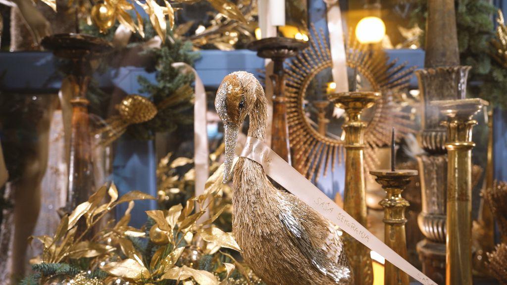 Saša Šekoranja i ove godine uredio je izlog svog cvjetnog atelijera u božićnom duhu - 14