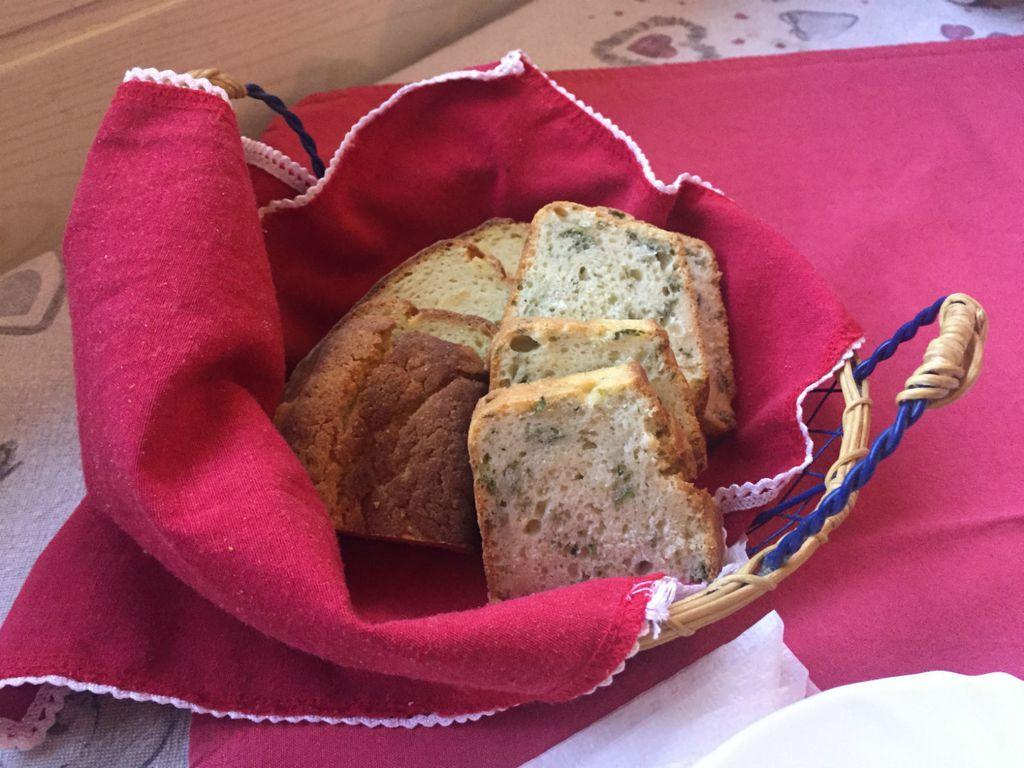 Kruh ukusan kao kolač