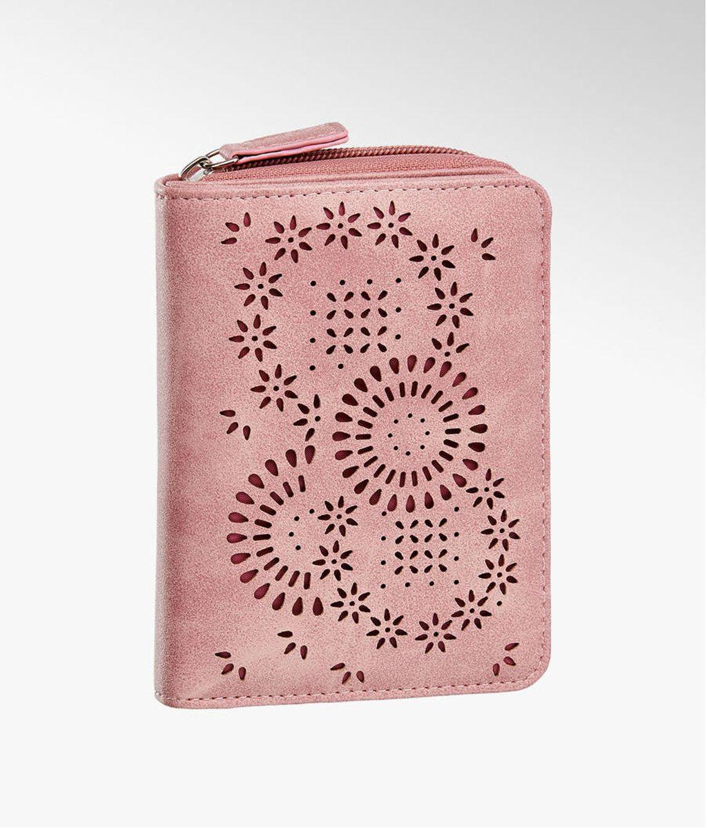 Odjevni komadi i modni dodaci u ružičastoj boji - 8