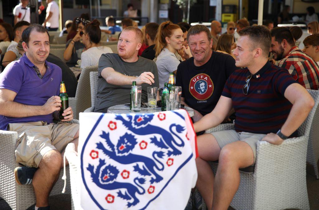 Engleski navijači u Rijeci (Foto: Tim Goode/Press Association/PIXSELL)