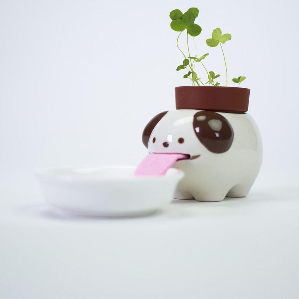 Keramičke životinje pobrinut će se za hidrataciju biljke