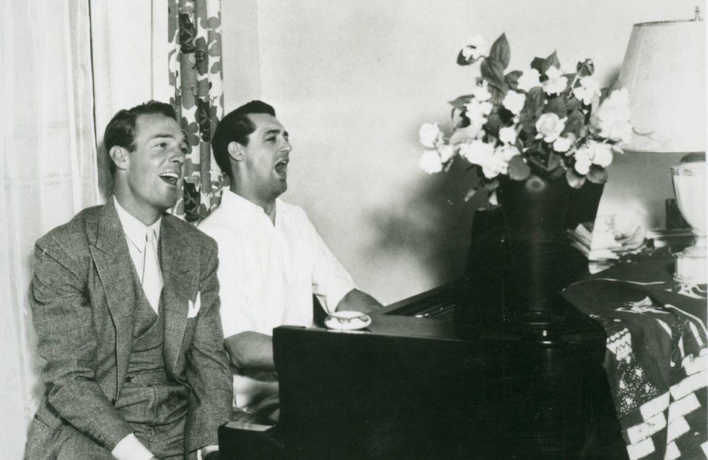 Cary Grant i Randolph Scott u pjevačkom zanosu