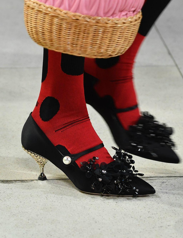 Štikle s kitten potpeticom modne kuće Miu Miu