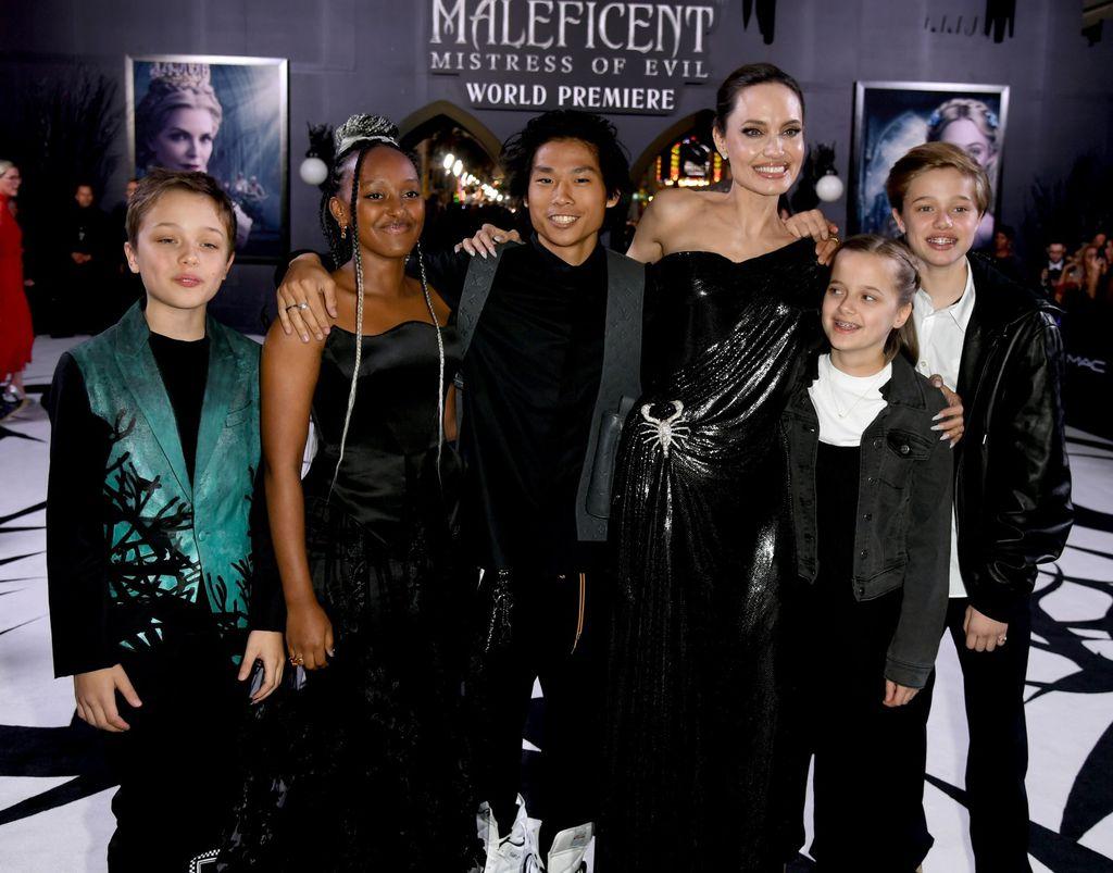 Angelina Jolie s djecom na premijeri filma \'Gospodarica zla 2\' - 2