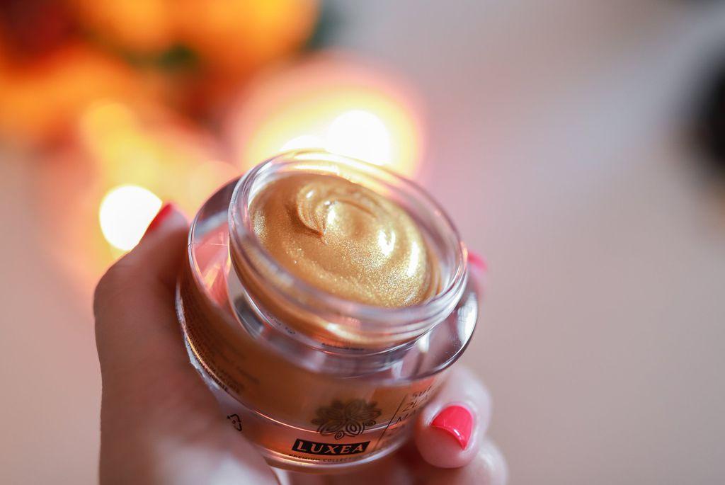 Luxea Zlatnu masku za lice