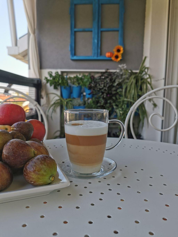 Ljupki mali balkon u Bjelovaru uređen u jesenskom ugođaju - 8