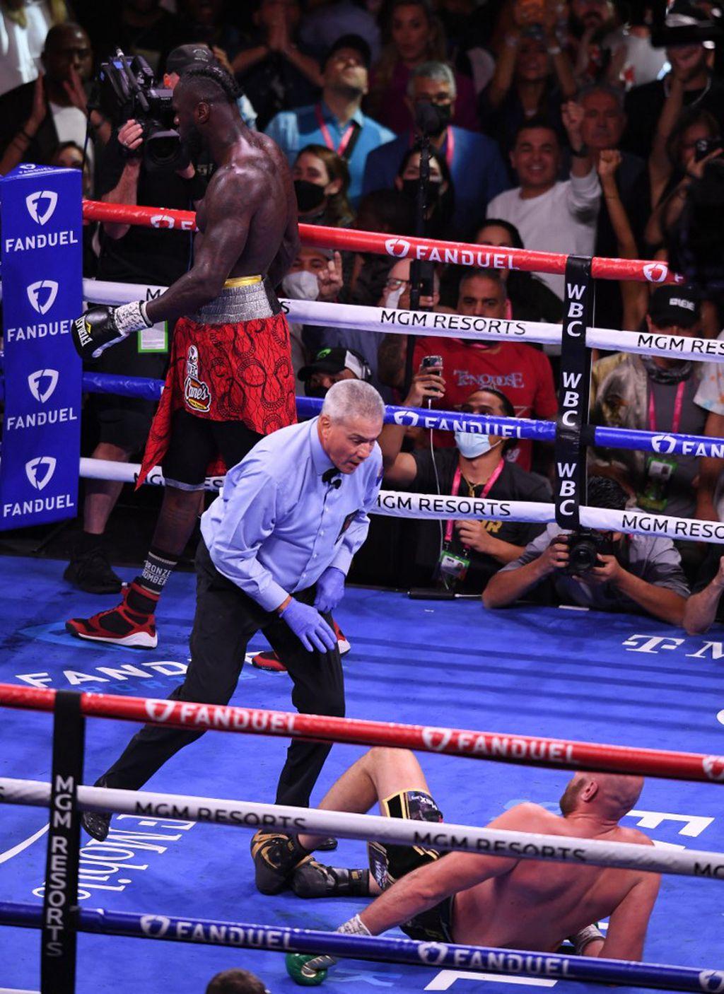 Deontay Wilder rušio Tysona Furyja