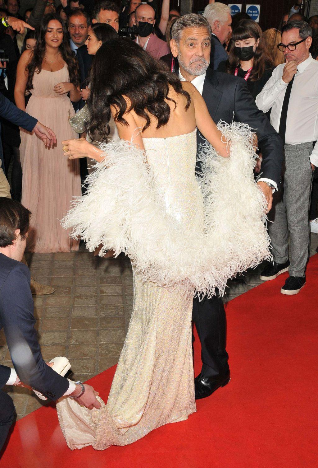 Amal Clooney u haljini modne kuće 16Arlington na premijeri filma The Tender Bar u Londonu - 1