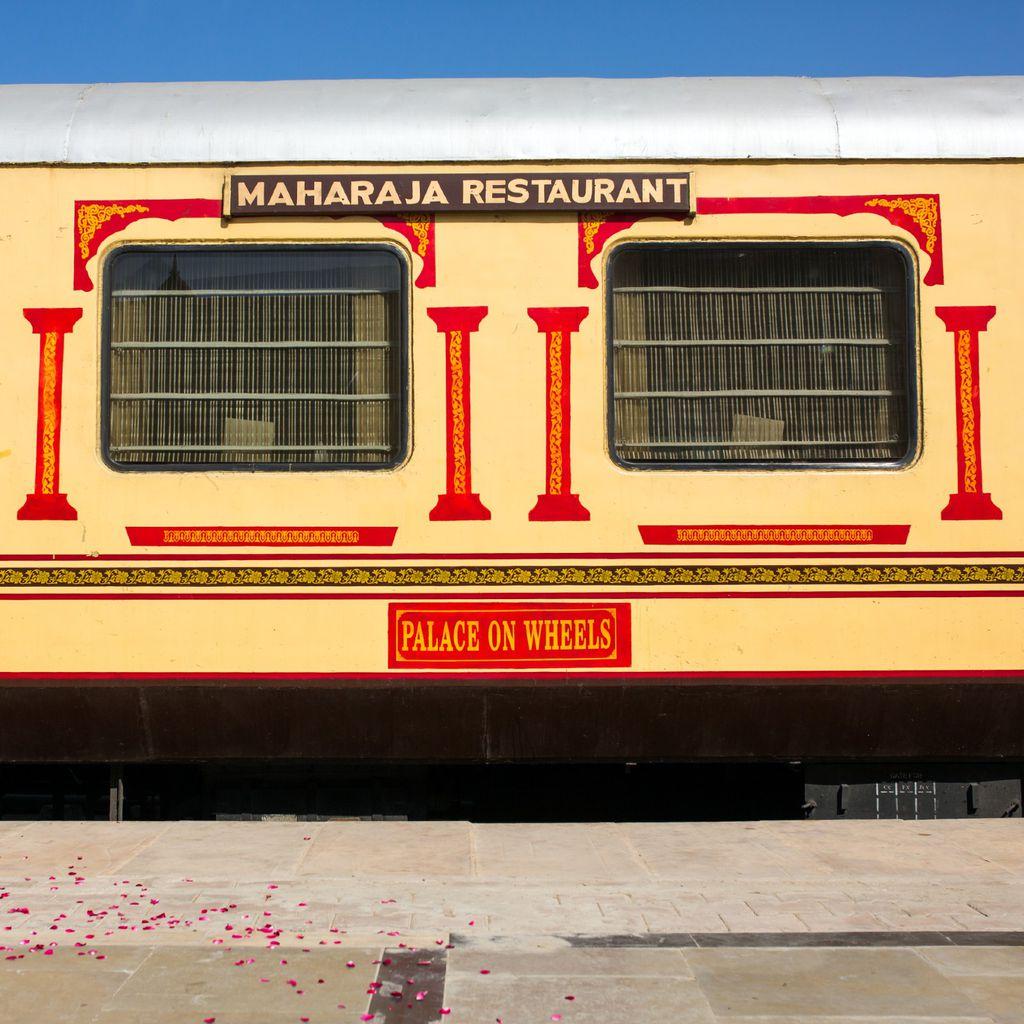 Vlak The Royal Rajasthan on Wheels
