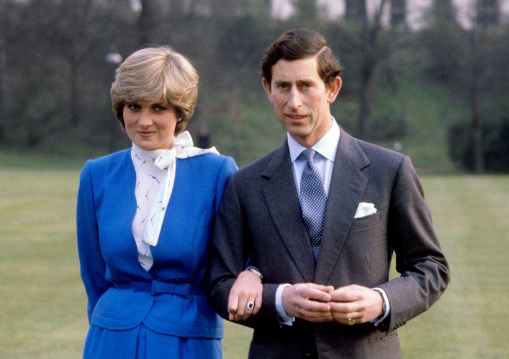 Princeza Diana nosila je zaručnički prsten i nakon kraja braka - 3