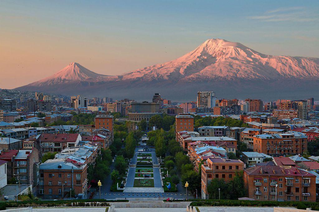 U daljini se nazire Ararat