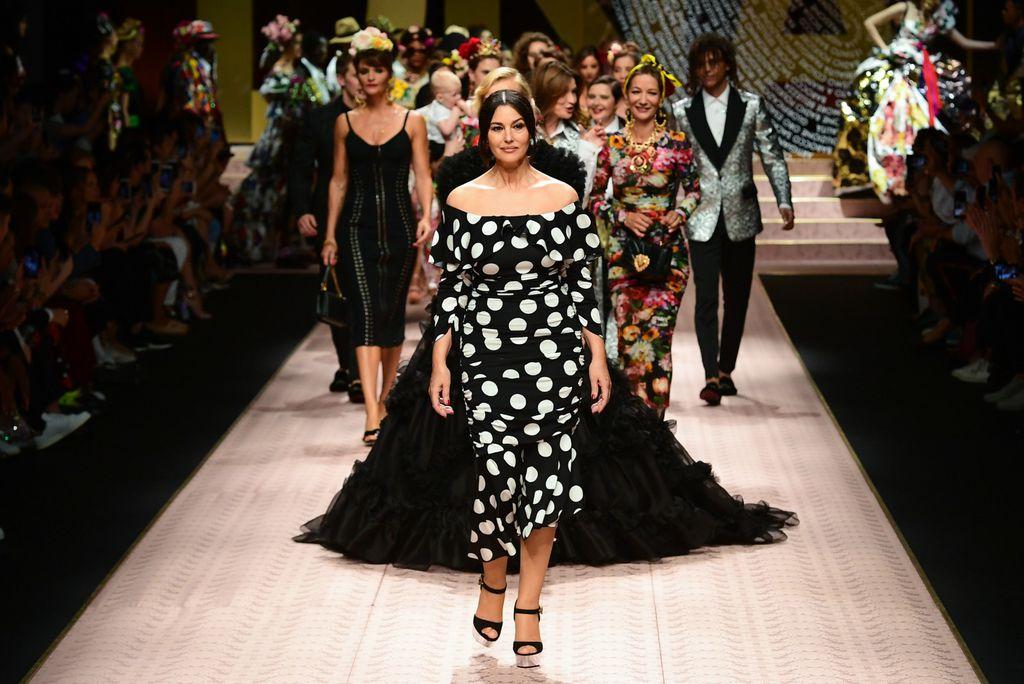 Monica Bellucci nosila je reviju modne kuće Dolce & Gabbana