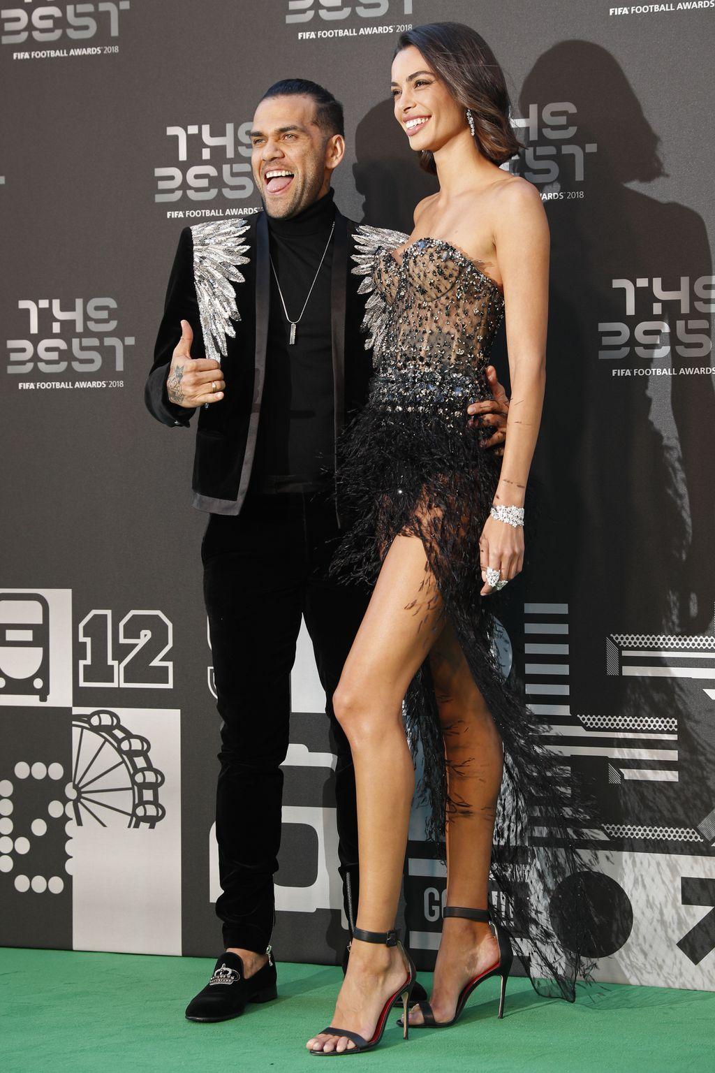 Dani Alves i Joana Sanz (Foto: AFP)