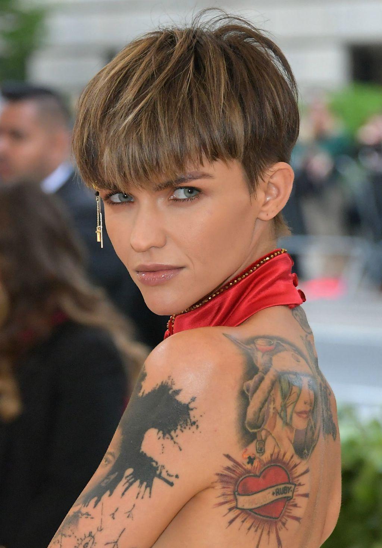Poznate žene s \'kahlica\' frizurom - 2