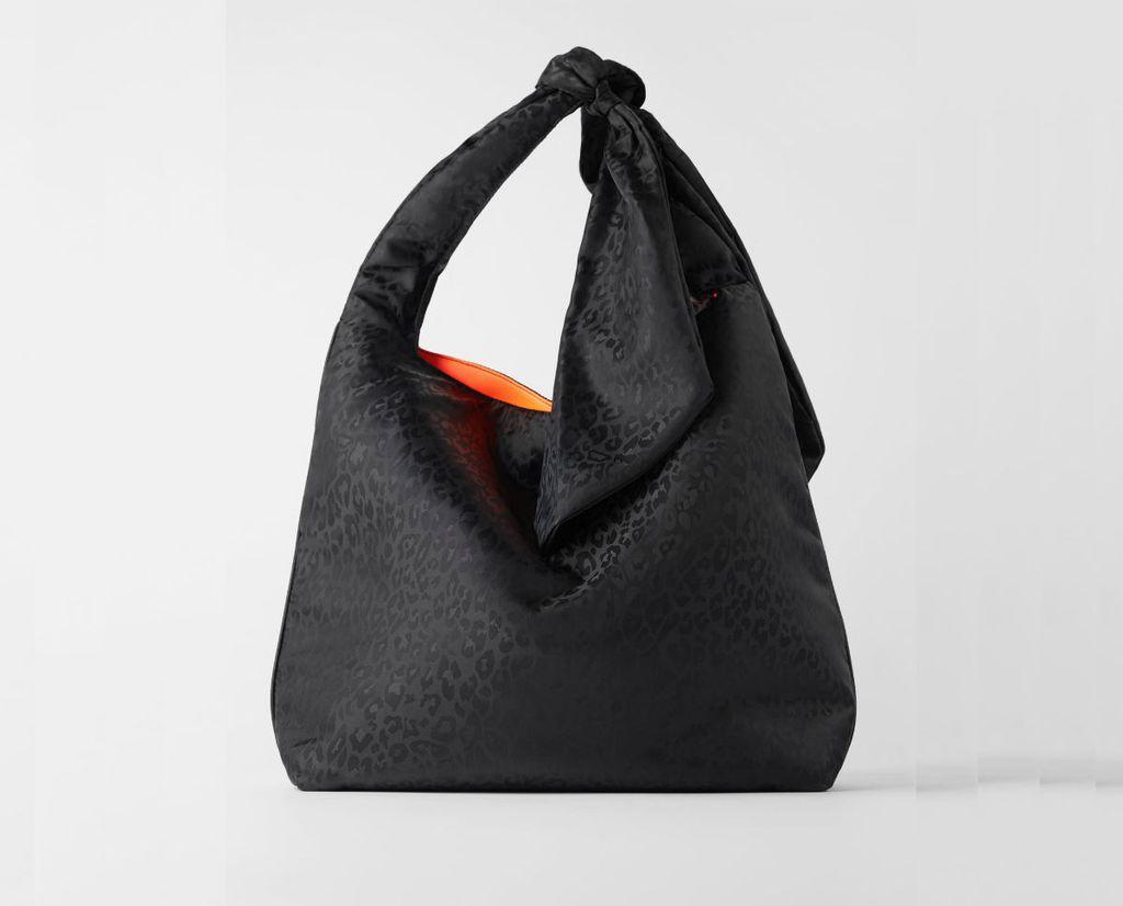 Crne torbe iz novih kolekcija - 5