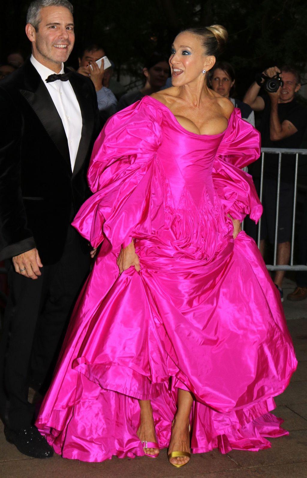 Sarah Jessica Parker u dramatičnoj haljini Zaca Posena - 1