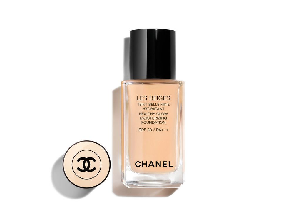 Chanel, Les Beiges Healthy Glow Foundation