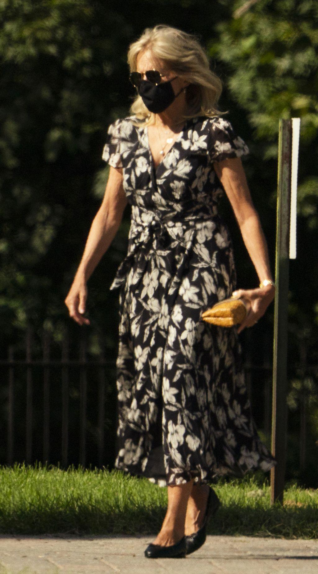 Jill Biden u popularnim cipelama - 3