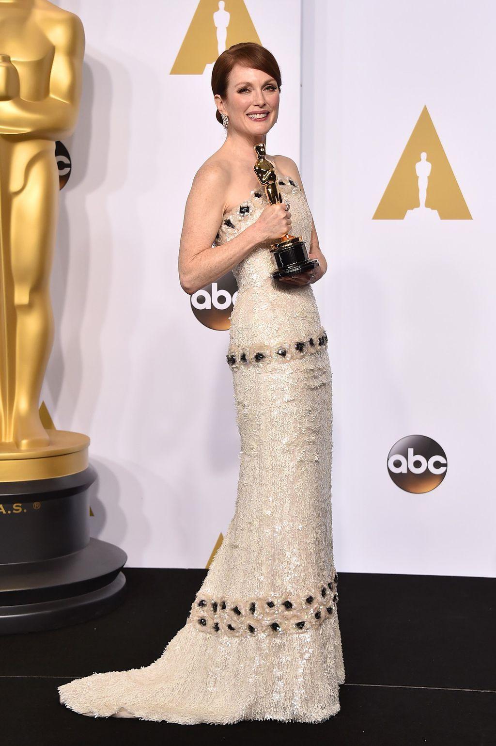 Julianne Moore na dodjeli Oscara 2015. godine