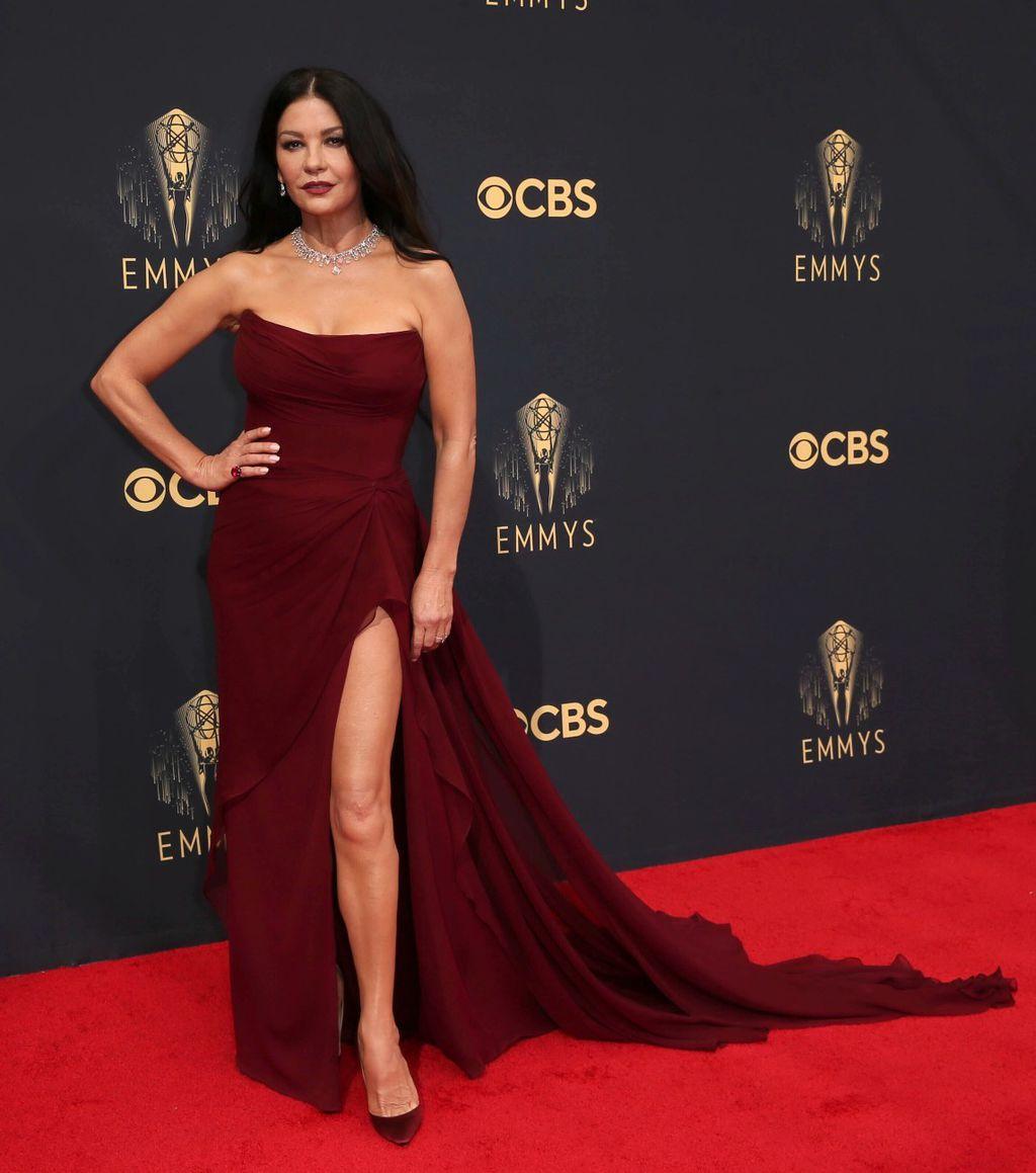 Catherine Zeta-Jones na Emmyjima 2021. - 2