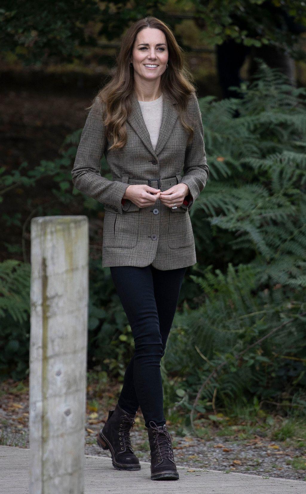 Catherine Middleton u najudobnijim gležnjača - 5