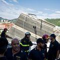 Potraga za preživjelima u Genovi - 1 (Foto: AFP)