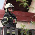 Zagreb: Udar groma zapalio je krov kuće u Ježdovcu (Foto: Igor Kralj/PIXSELL) - 2