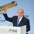 Benjamin Netanyahu s komadom drona (Foto: AFP)