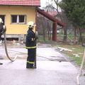 Vatrogasci ispred kuća u Donjem Vidovcu gdje se dogodila eksplozija (Foto: Dnevnik.hr)