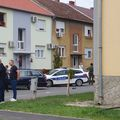 Muškarac oštetio automobil pa se zatvorio u stan u Osijeku - 1
