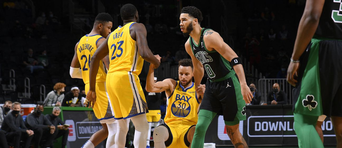 Jayson Tatum i Stephen Curry