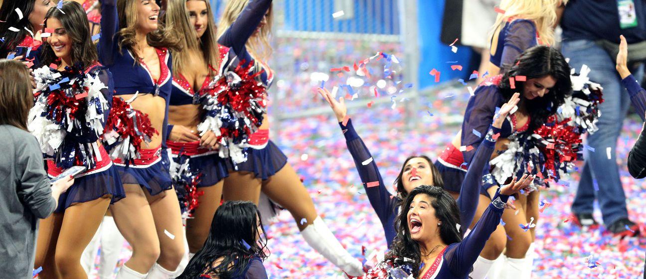 Cheerleadersice New England Patriotsa (Foto: AFP)