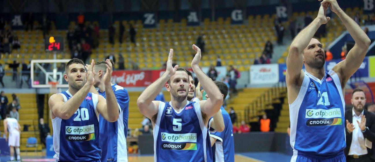 Košarkaši Zadra (Foto: Luka Stanzl/PIXSELL)