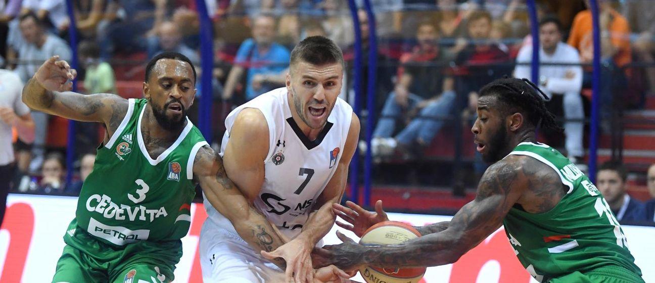 Cedevita Olimpija - Partizan (Photo: Marko Lukunic/PIXSELL)