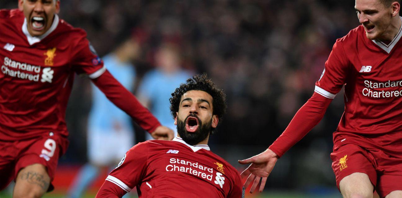 Mohamed Salah slavi sa suigračima (Foto: AFP)