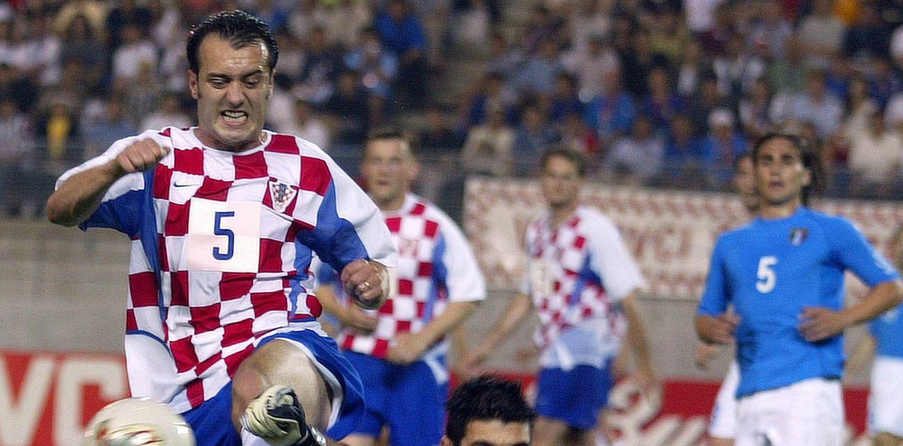Milan Rapaić protiv Gigija Buffona (Foto: AFP)