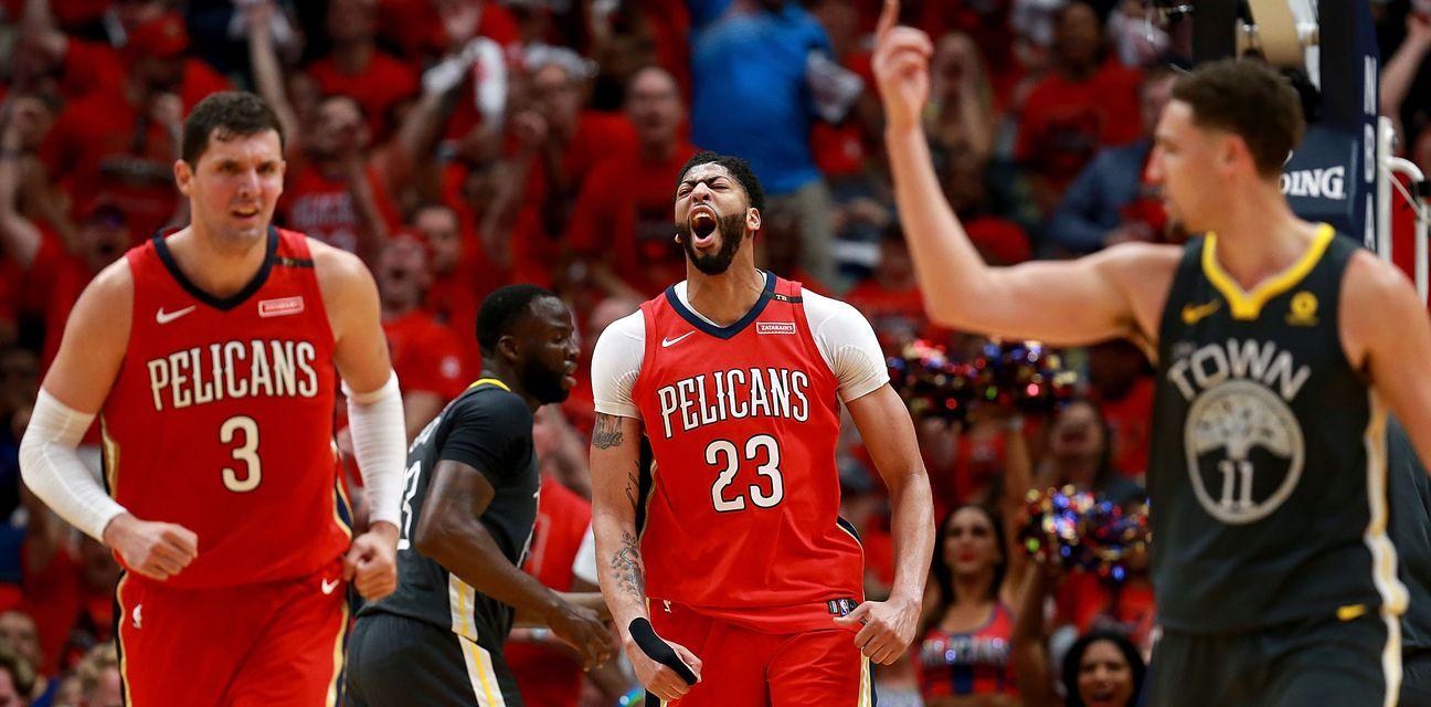 Anthony Davis protiv Golden Statea (Foto: AFP)